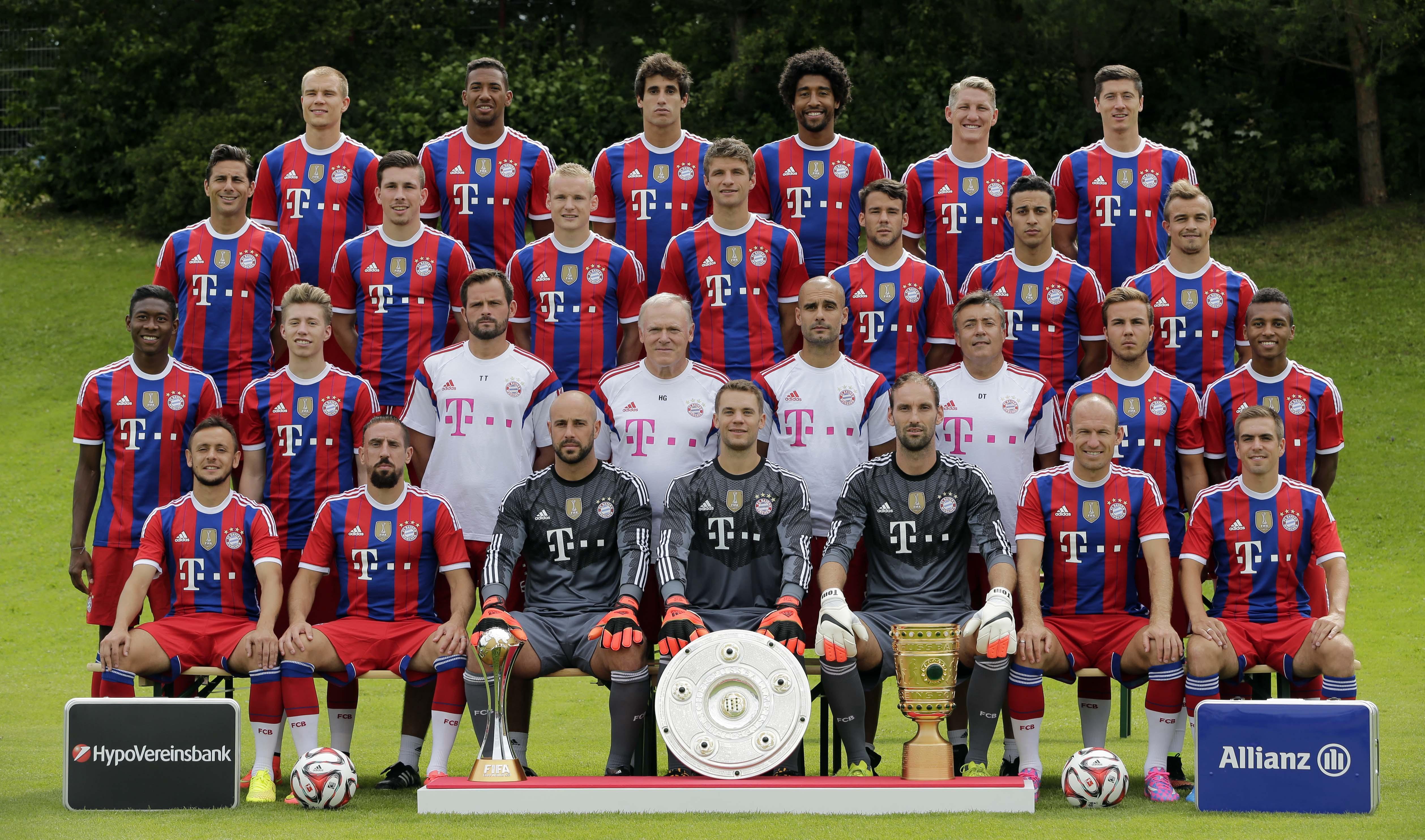 Hilo del Bayern de Munich Fcbayern-team-2015-bayernfansgr